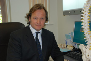 Mr David Chapple Consultant Orthopaedic and Spinal Surgeon